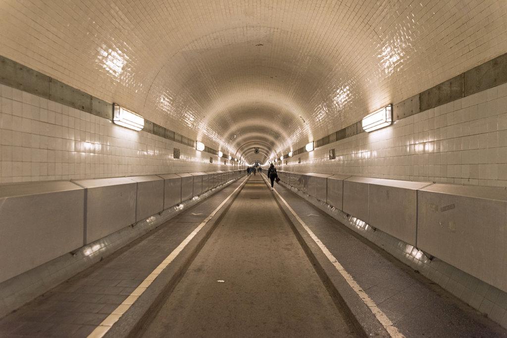 Elb Tunnel Hamburg