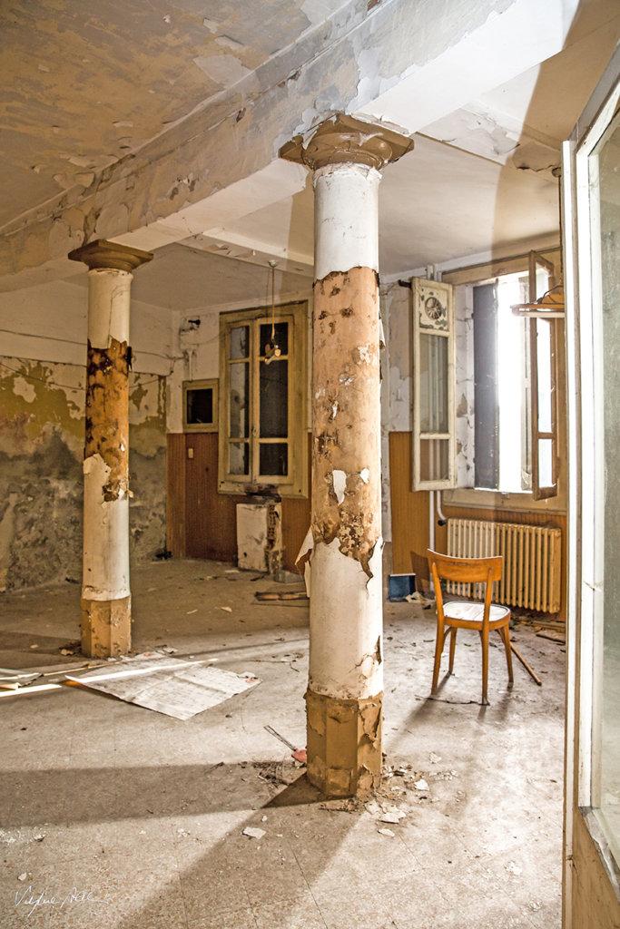 Al Bersagliere boretto albergo abbandonato emilia romagna
