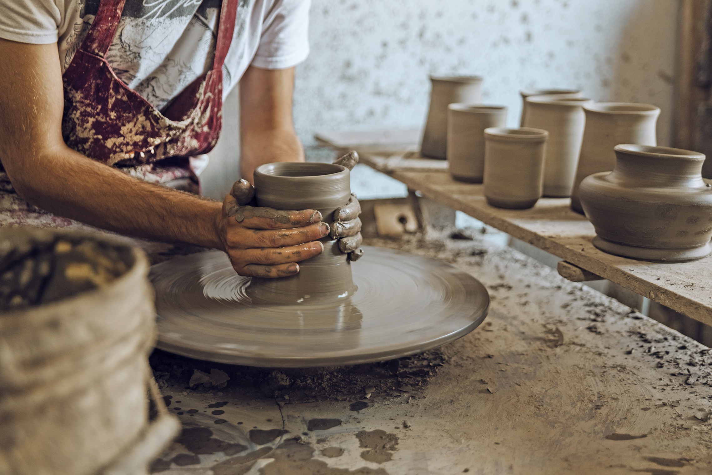 ART AND TRADITION IN TUSCANY: THE WORLD OF MONTELUPO FIORENTINO, THE LAND OF CERAMICS