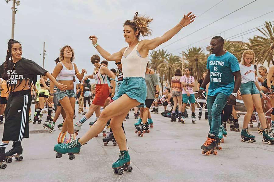 skate love barcelona estrogen
