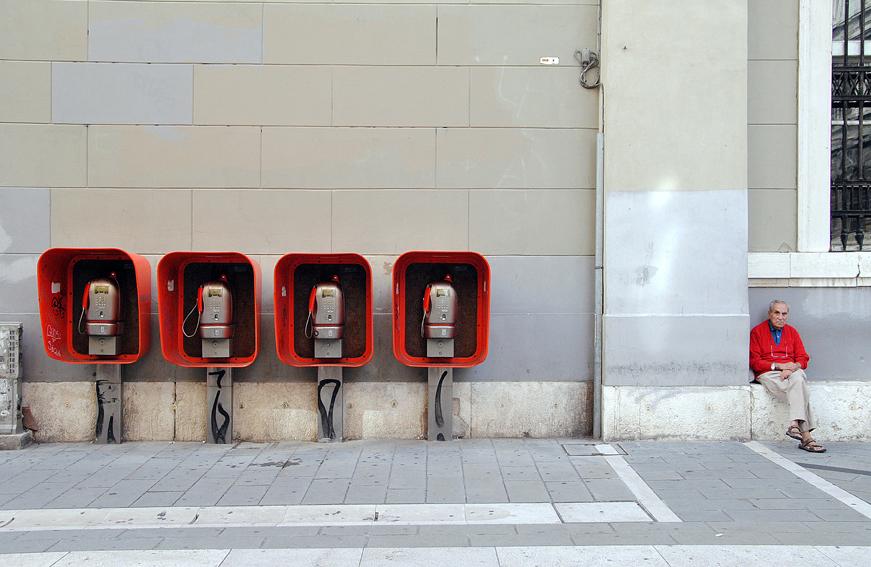 Cabine del telefono_Progetto IT∀LIA